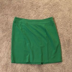 Green pencil skirt by New York & Co size 18
